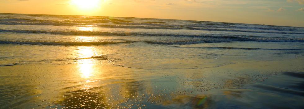 sun rise beach1.jpg