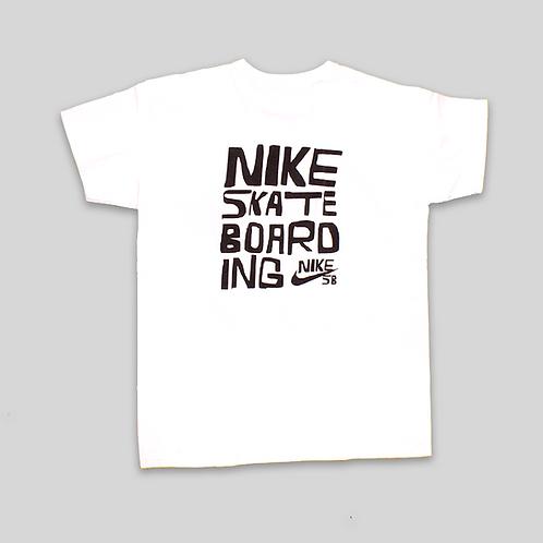 Camiseta NIKE SB Go skateboarding day