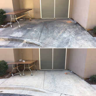 Before & After Commercial-Concrete Clean