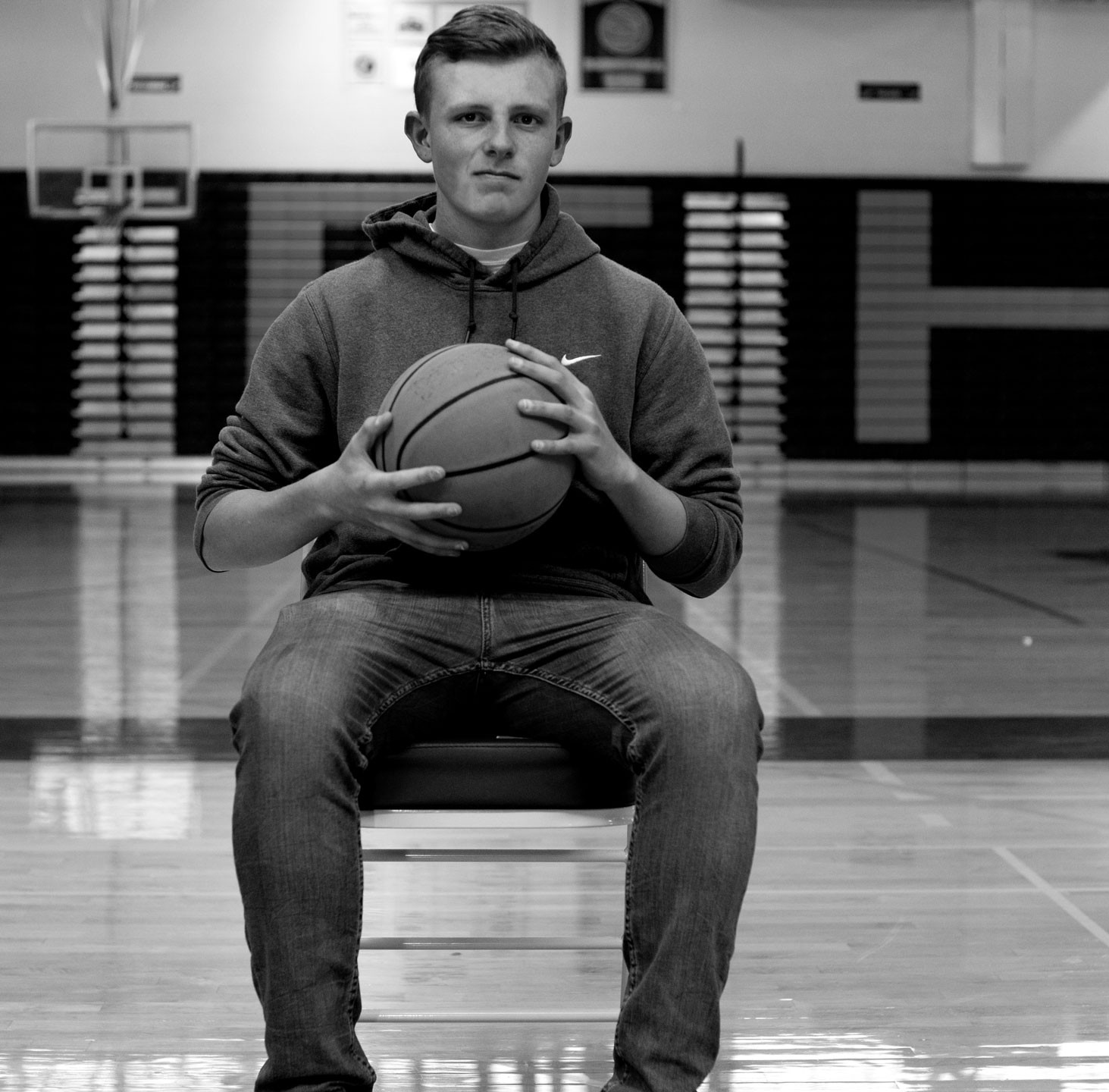 Basketball-Boy-Senior-Photo