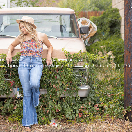 Paige's Country Colorado Senior Pictures - RHS Class of 2021 | Larissa Elizabeth Photography