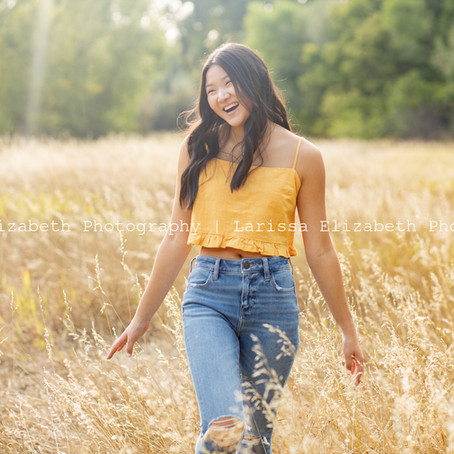 Sarah's September Senior Session in Fort Collins Colorado | Larissa Elizabeth Photography