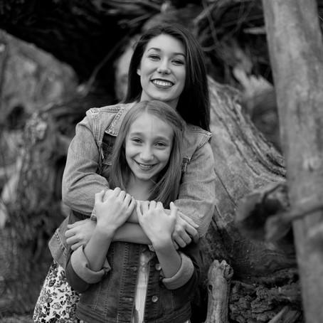 Northern Colorado Tween Photographer | Caroline and Grace - Windsor, CO Tweens