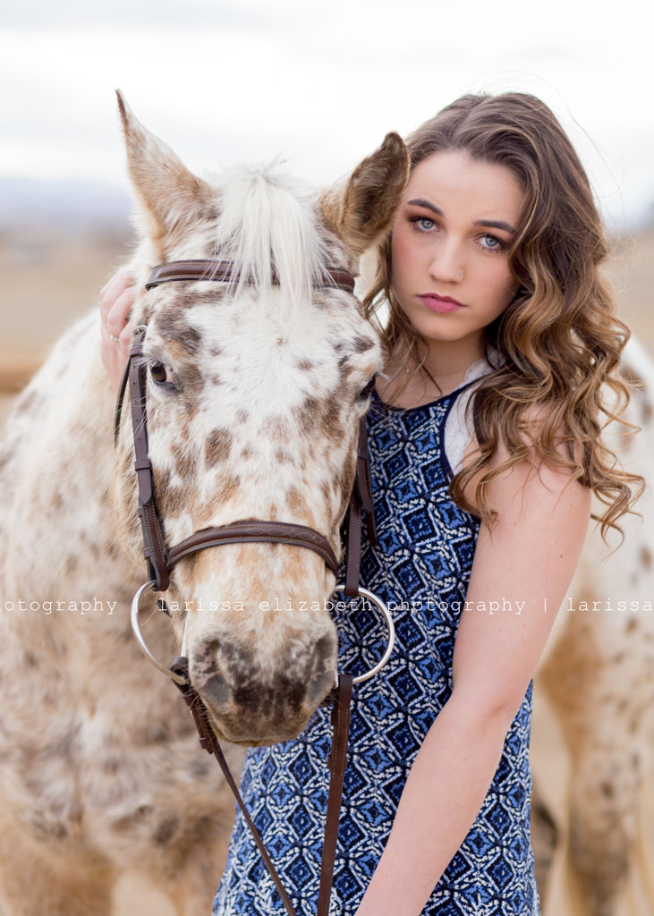 blue-eyed-senior-and-horse