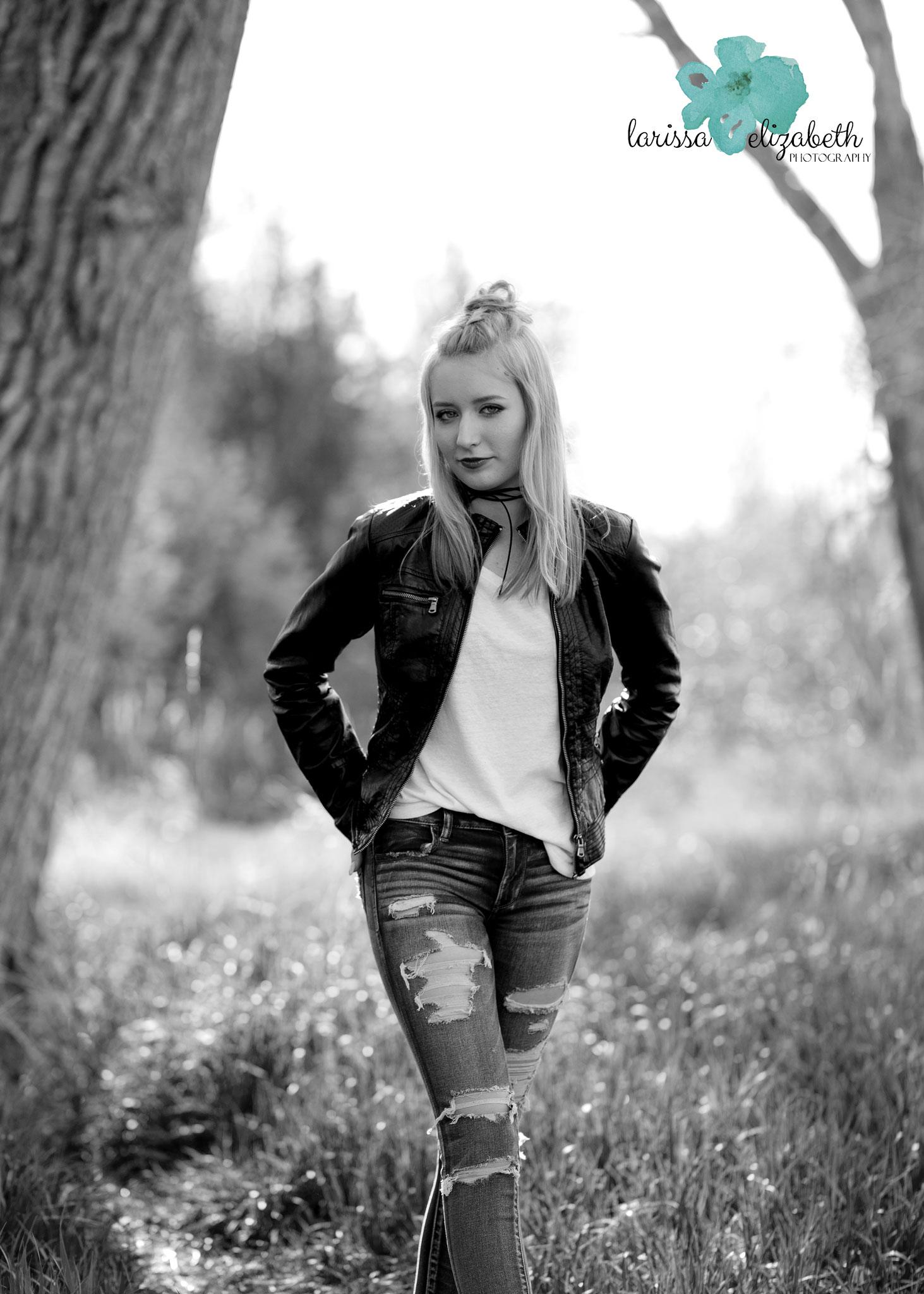 rocker-senior-girl