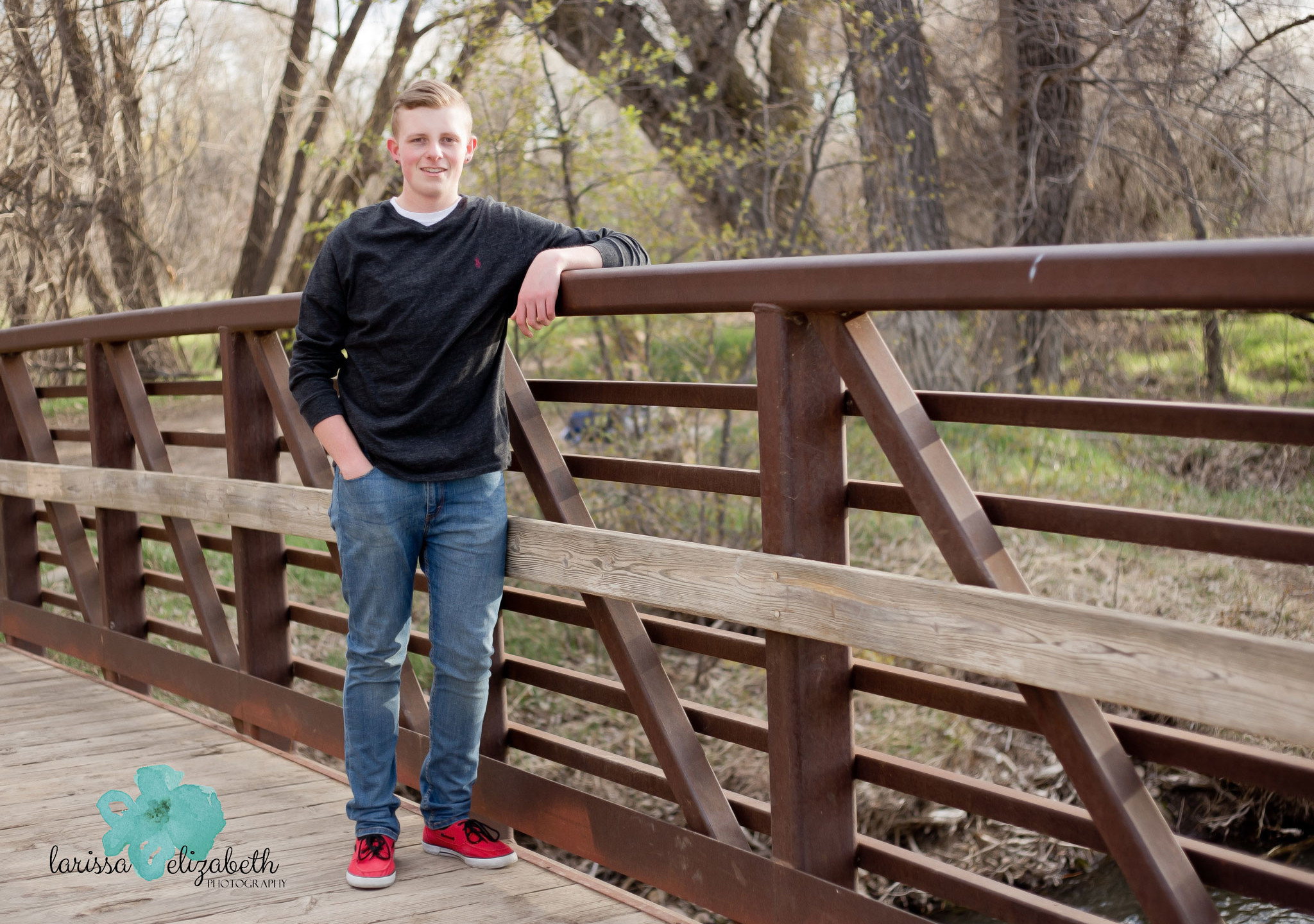 Outdoor-Senior-Guy-Photos
