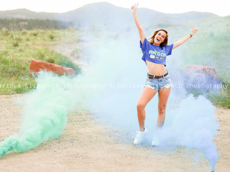 Celebrate the Class of 2020 | Cap & Gown Mini Sessions - Northern Colorado Senior Photographer