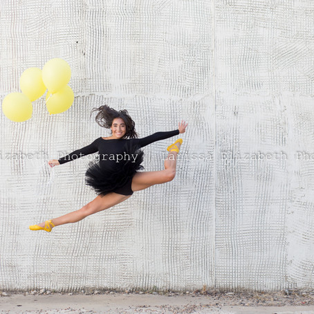 Northern Colorado Senior Photographer   Adalyn's Dash of Yellow Session - Class of 2020 - RHS