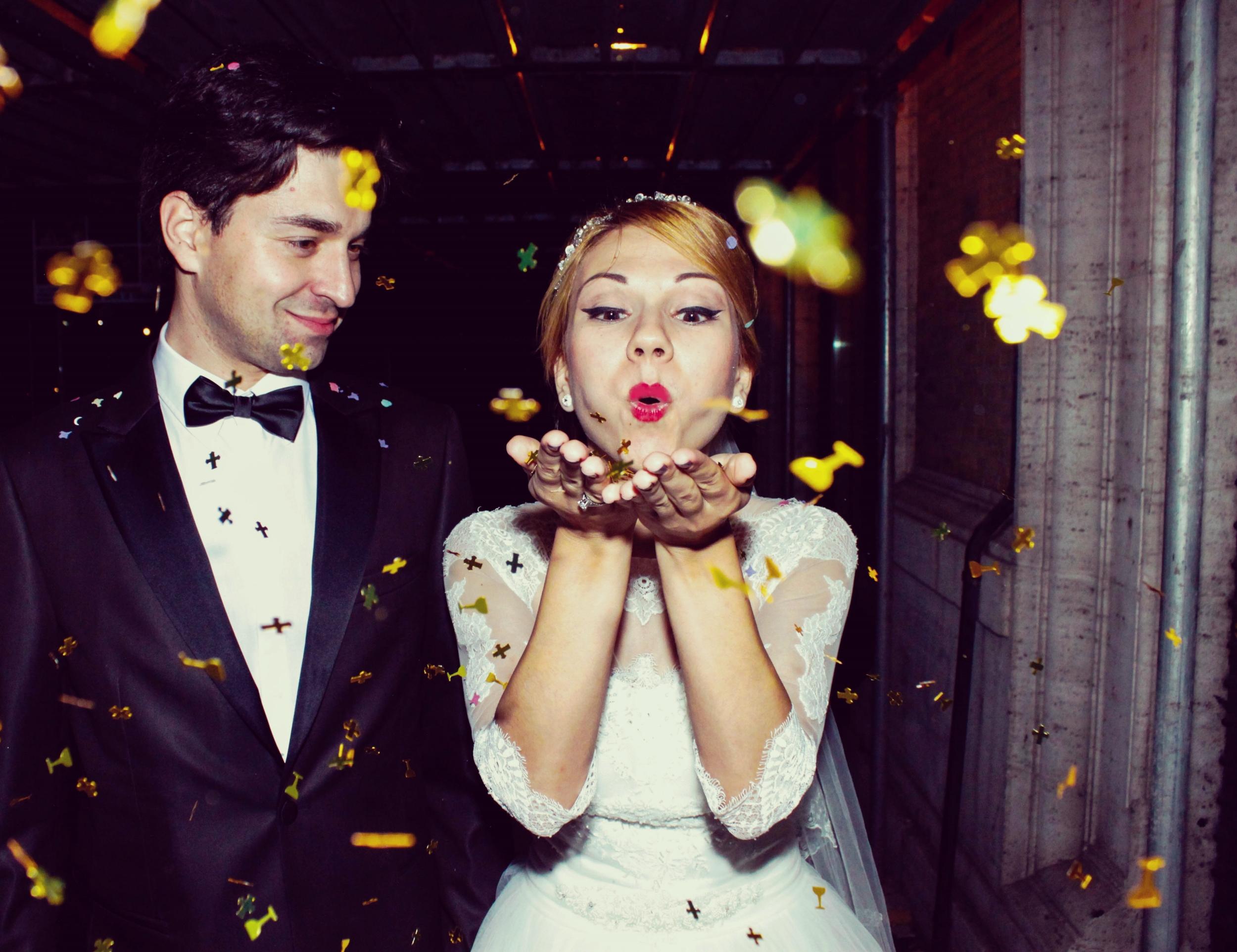 Love and Gold Confetti