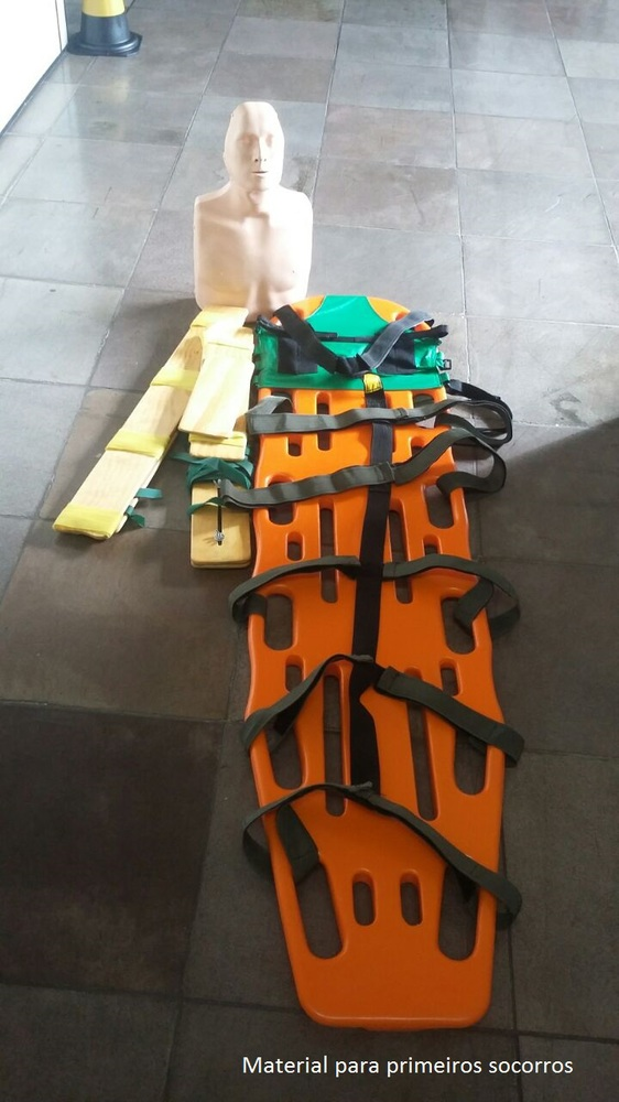 Material para primeiros socorros
