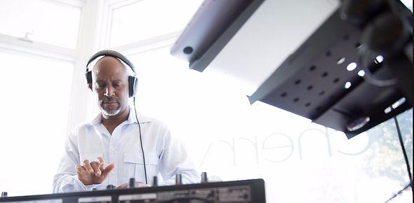DJ/MC Bryon Stutts