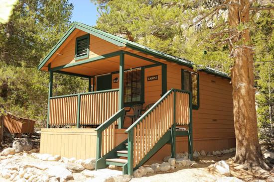 Paradise Cabin Exterior