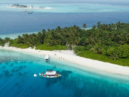 Maldives guest house is powered by solar energy