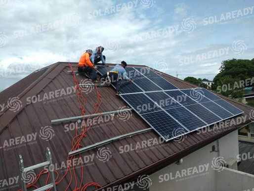 What is the difference between On-grid and off-grid solar power?