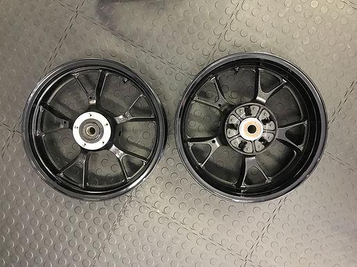 Kawasaki ZX-14 Wheel Set
