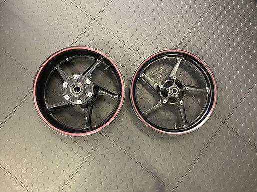 Yamaha R1 Wheel Set