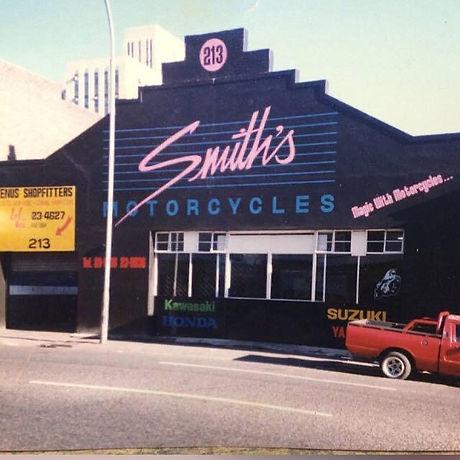 Smith's old.jpg