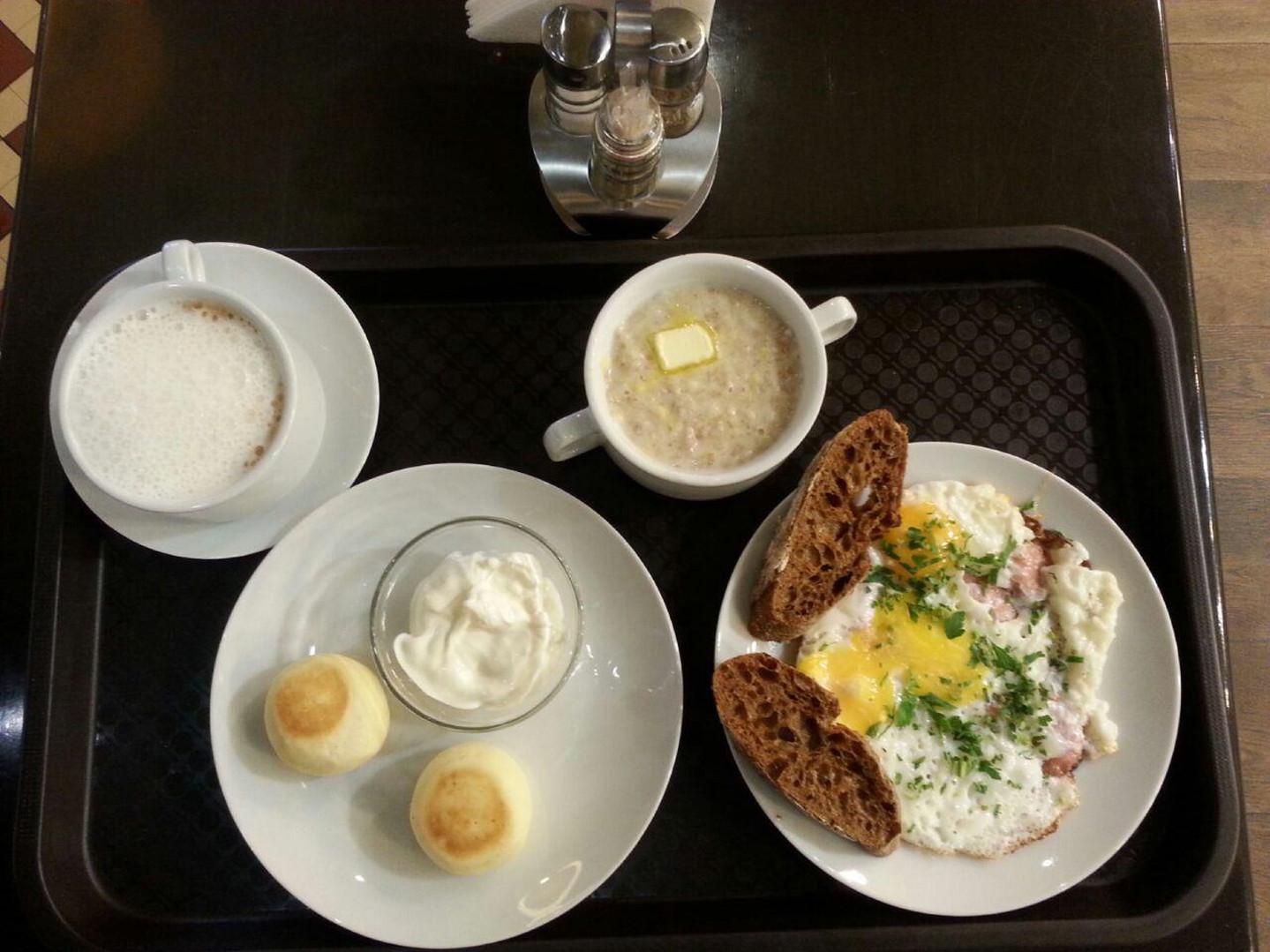 полноценный комплексный завтрак