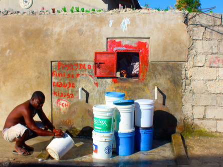 2014 Haiti Snapshot A Brief Overview On The Current Humanitarian Crisis in Haiti.
