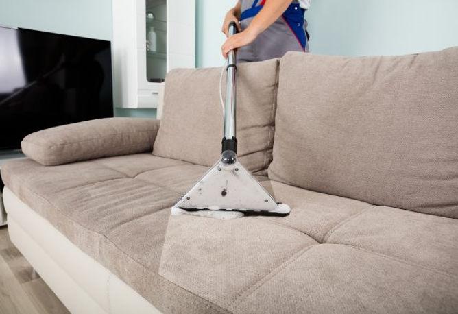 lavagem-sofa-seco-limpeza.jpg