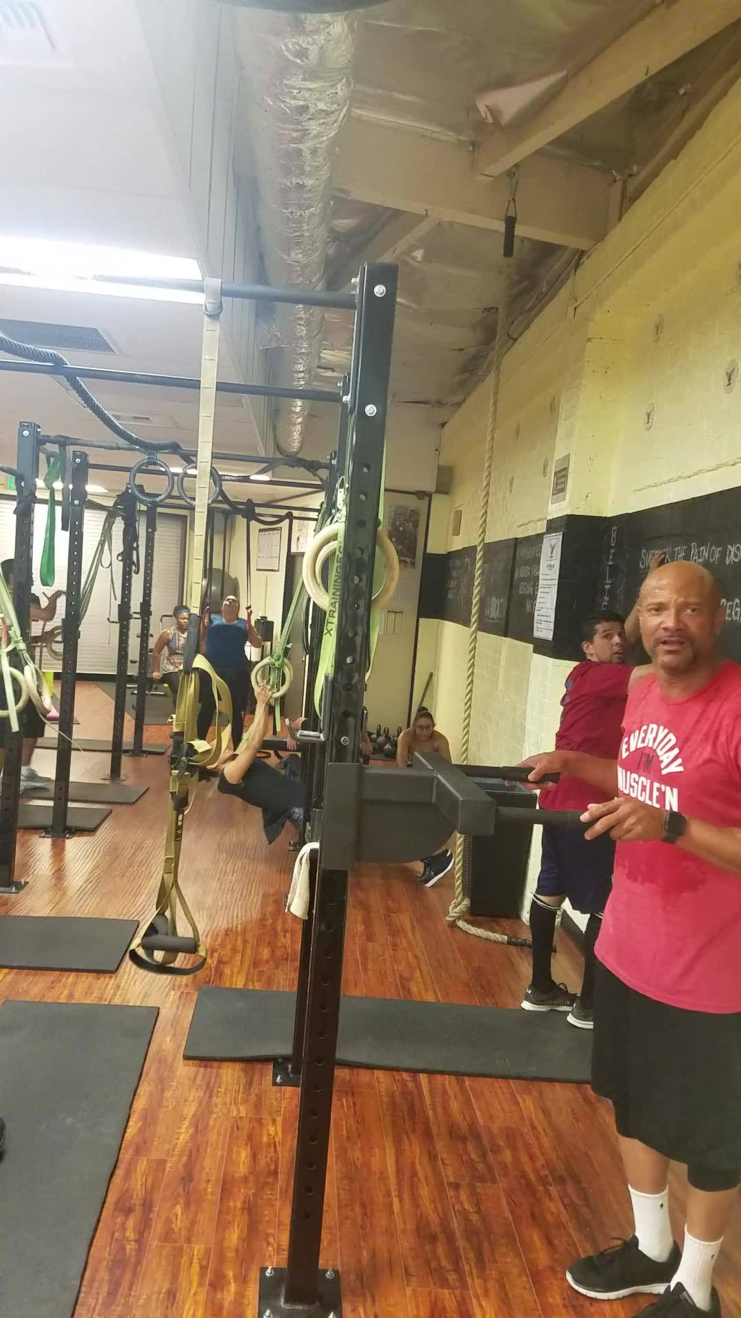630 class rockin and rollin.. Squatin pullin and dipin.. What are you up to... With coach noble gardner Did you practice today? #acdemyofstrengthandsport #grin_and_grind#crossfit #didyoupracticetoday#loveitliftitdumpit