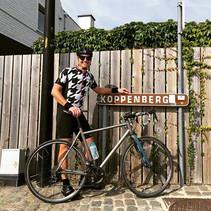 Riding De Ronde in Flanders