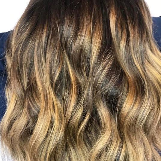 Hair Slays + Reindeer Sleighs