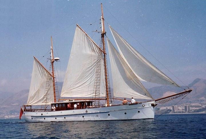 Classic schooner..jpg