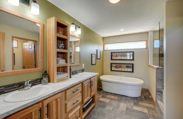 Blue Ridge Master Bathroom