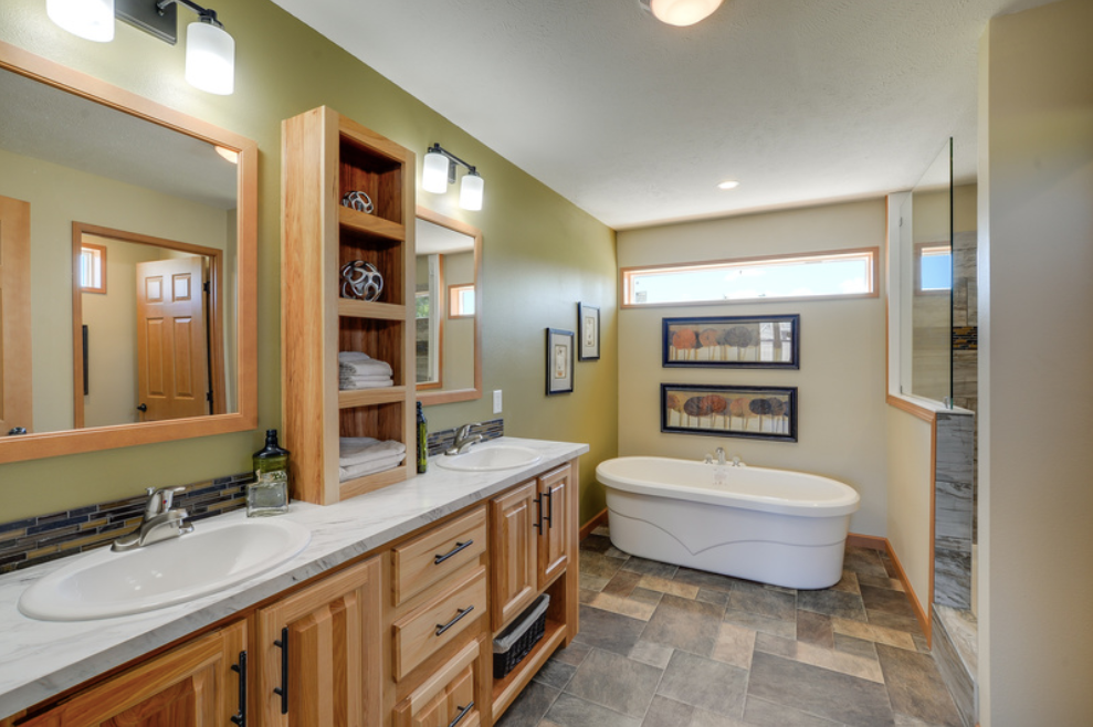 Blue Ridge Master Bathroom