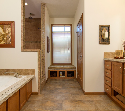 210-diamond-3272-203-master bath1.jpg