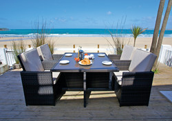 Beachview table
