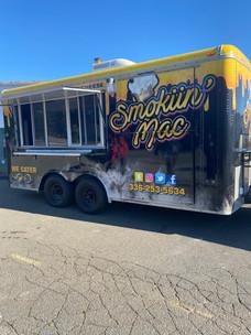 smokiin mac food truck