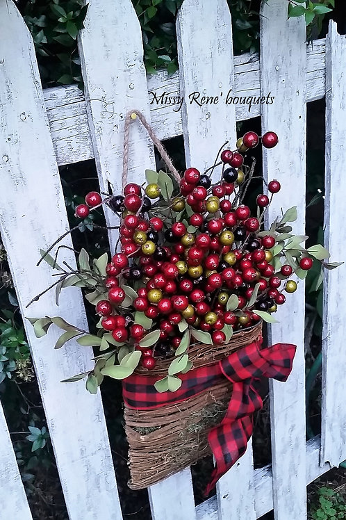Red Berries Christmas Wreath Basket Door Hanger, Front Door Wreath, Winter Wreat