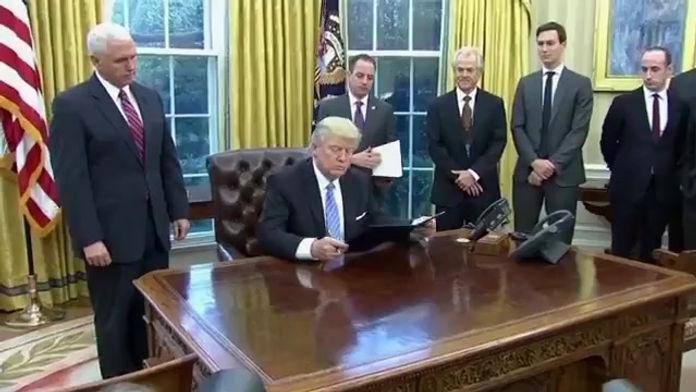 """TINH CHẤT LỘC NHUNG được tổng thống hoa kỳ Donald Trump ký bằng khen Sản Phẩm Cao Quý Cống Hiến Cho Sức Khoẻ Cộng Đồng & Sức Khoẻ Cho người Già, chữa """"HIẾM MUỘN"""""""