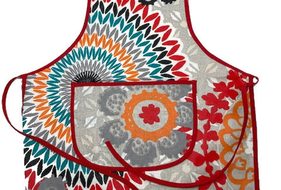 Wipe-off Acrylic-coated Kid's Apron for young chefs and artists (A)