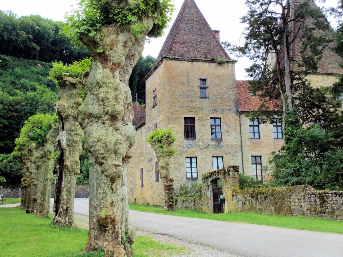 Old-House-Estate-France