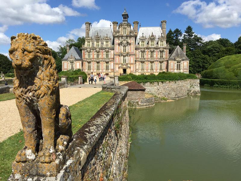 Normandy-Chateau-de-Beaumesnil.jpg
