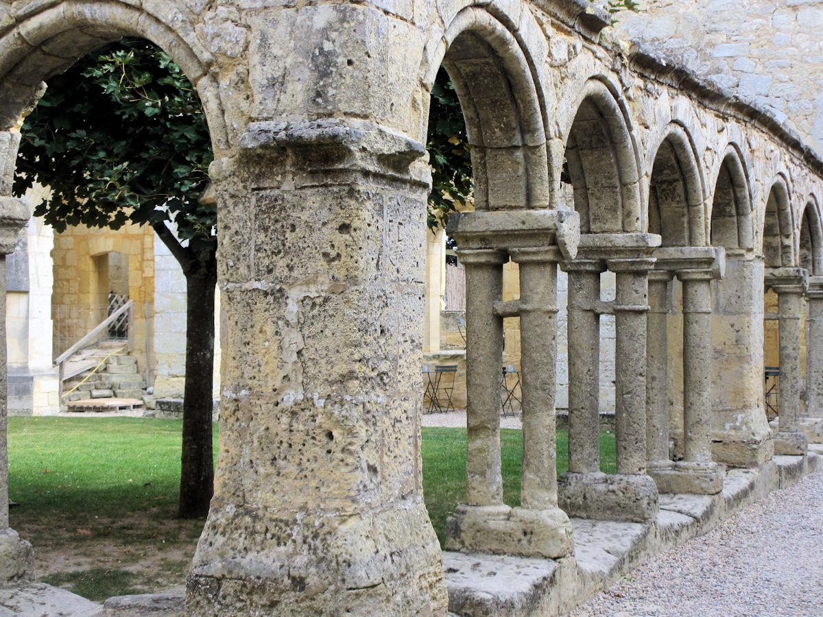 Cloister-St-Emilion-France.jpg