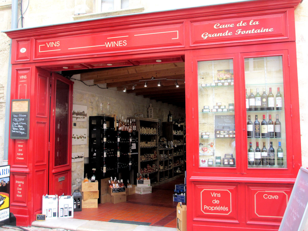 WineStore-St-Emilion-France.jpg