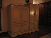 Real Wood Custom Cabinets