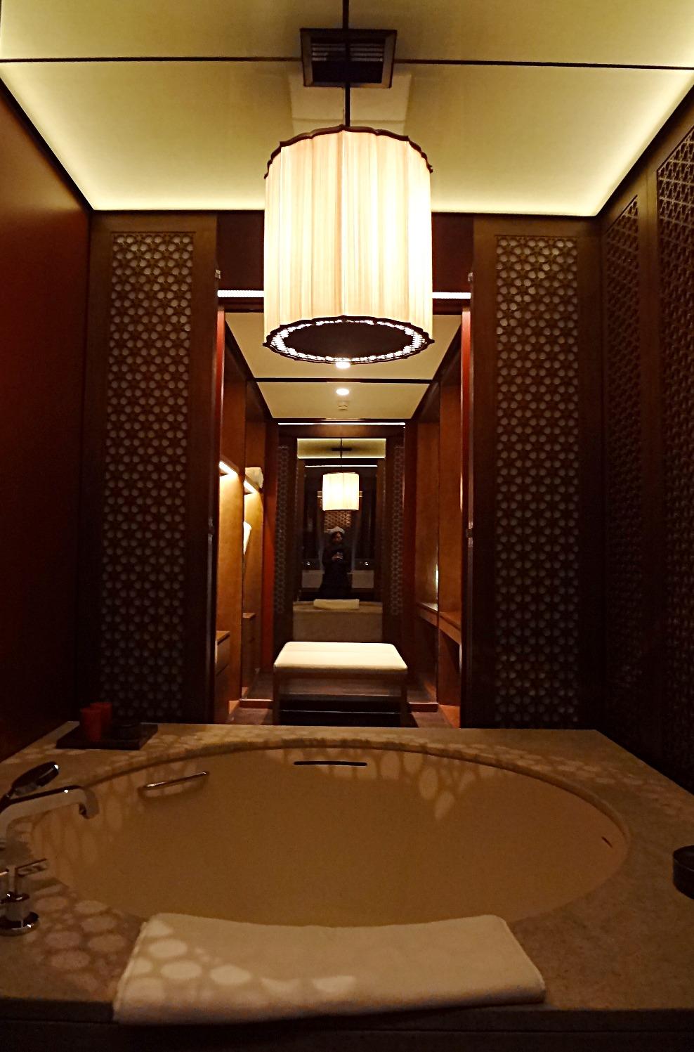 2013-01 Diaoyutai arts hotel Beijing mock up room photo4 by Ya-hui Cheng_edited