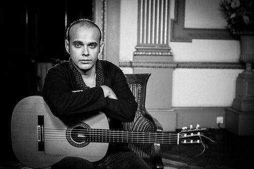 flamenco guitar duo uk- flamenco guitarist uk
