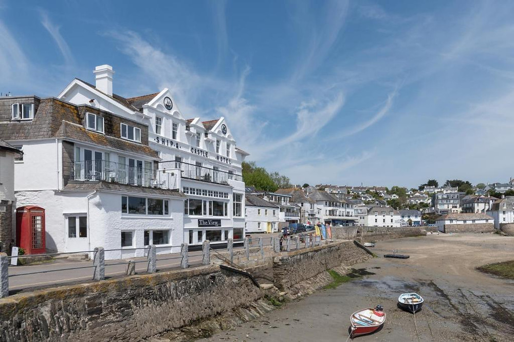 The Ship and Castle Hotel quay saint mawes cornwell