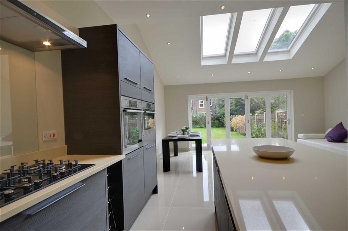 kitchen bi fold doors