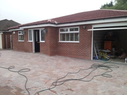 10 Roundway, Bramhall, Bungalow, Tow