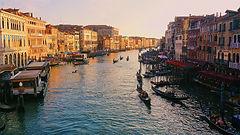 Venice_grand-canal.jpg