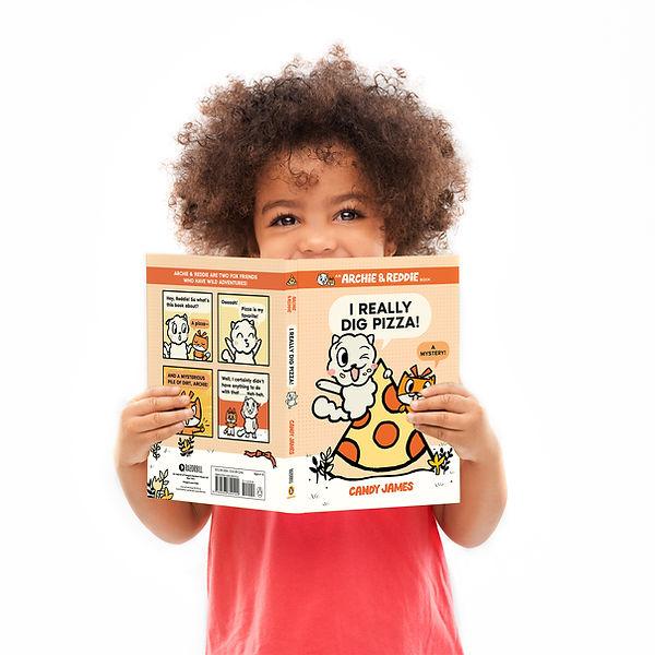 Archei-Redie-book-reading-funny-girl.jpg