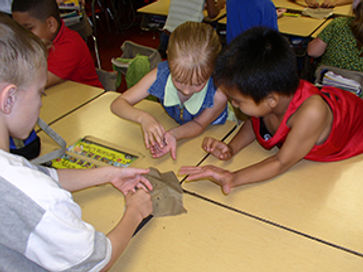 Worm program at Butler County school
