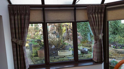 Curtains & Roller Blinds